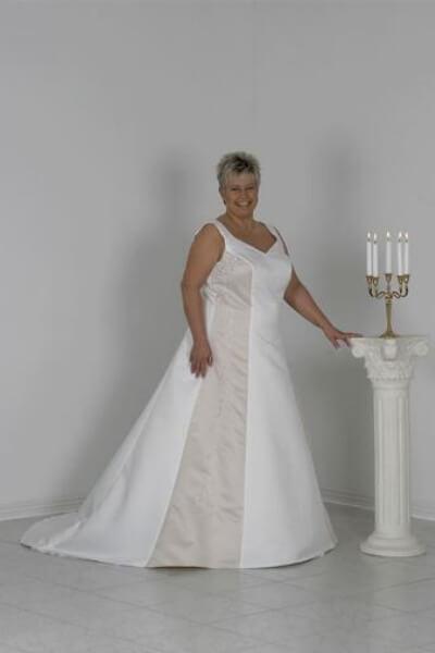 Patricia brudekjole 13-M-XL