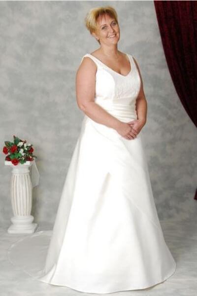 Patricia brudekjole 6-H-XL